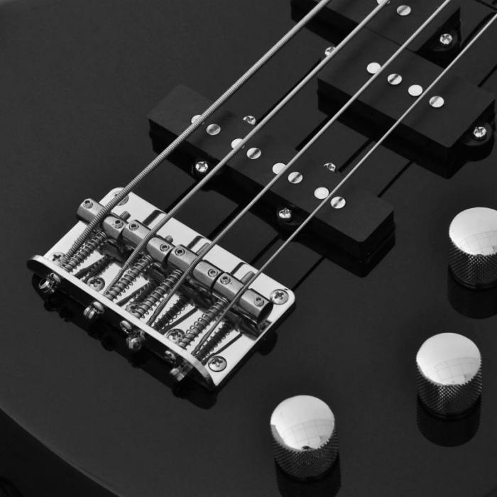 CCB90 E-Bass 4 Saiten Erlekorpus 24 Bünde schwarz