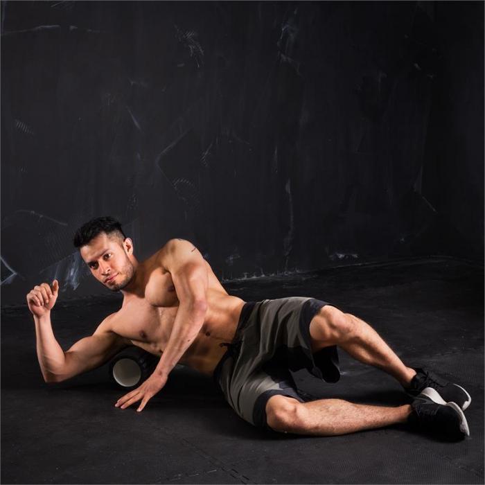 Caprole 1 Massageroller 33 x 14 cm schwarz