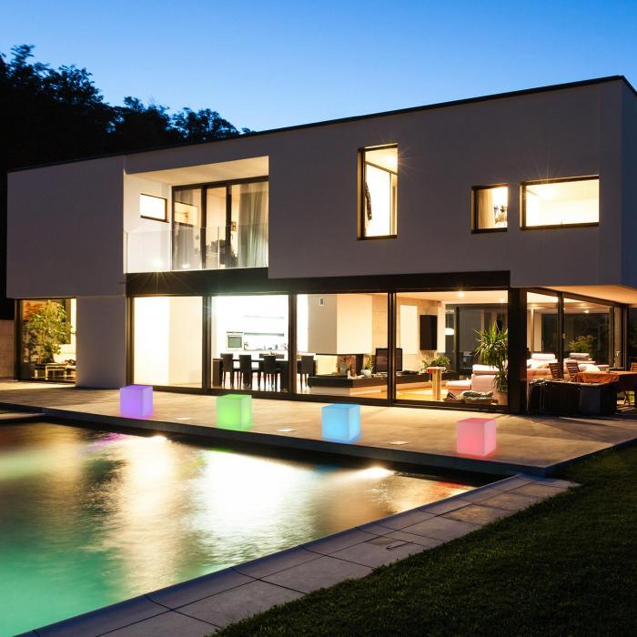 Shinecube LED-Sitzwürfel 40x40x40cm Leuchtwürfel 16 LED Fernbedienung